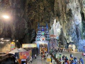 バトゥ洞窟内部